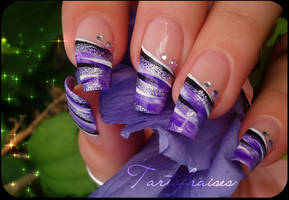 hand painted french manicure by Tartofraises