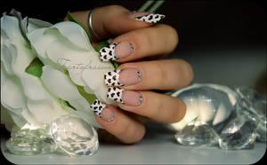 My valentine nails by Tartofraises