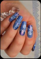 arabesque nail art by Tartofraises