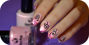 nail art with a pen