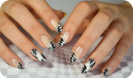 Checkerboard nail art optical illusion