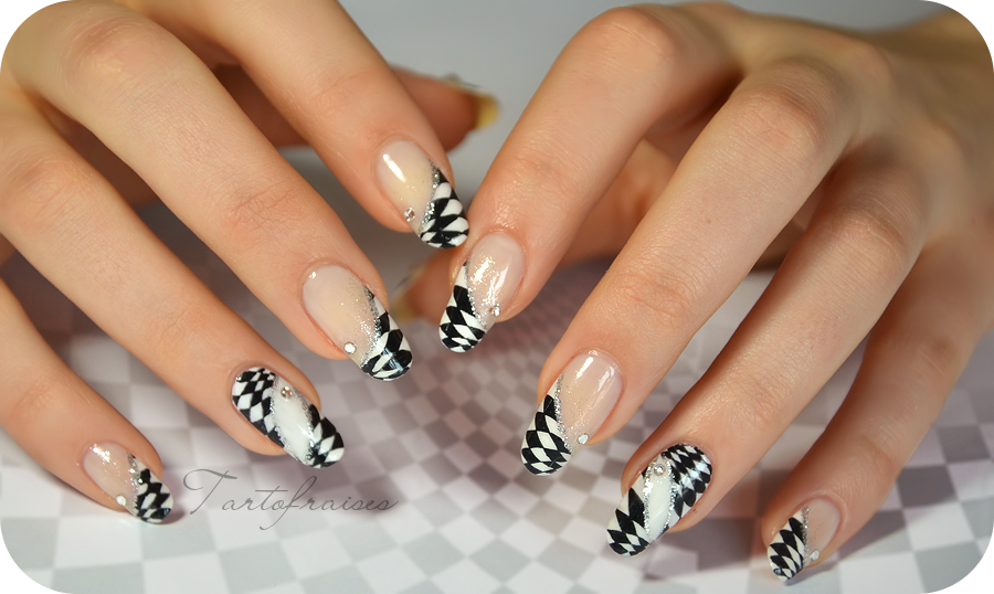 Super Checkerboard nail art optical illusion by Tartofraises on DeviantArt QM73