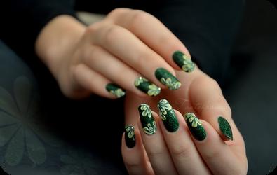 3d green acrylic nails