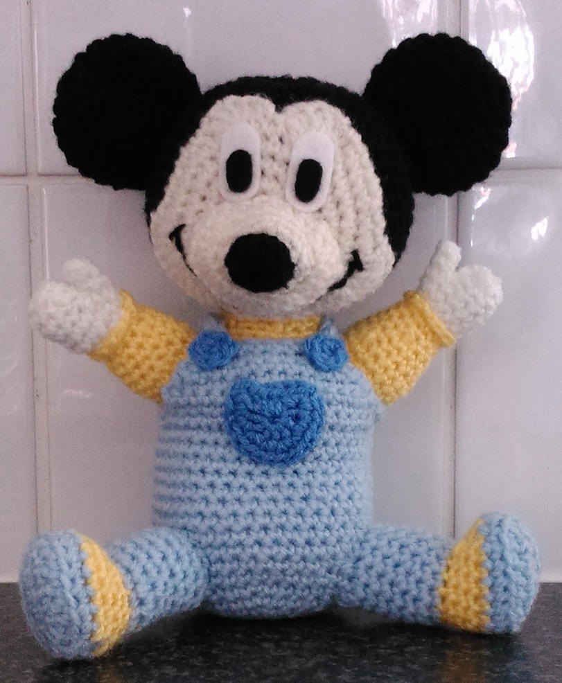 Mickey Mouse Baby Amigurumi : Baby Mickey mouse amigurumi by Anaseed on DeviantArt