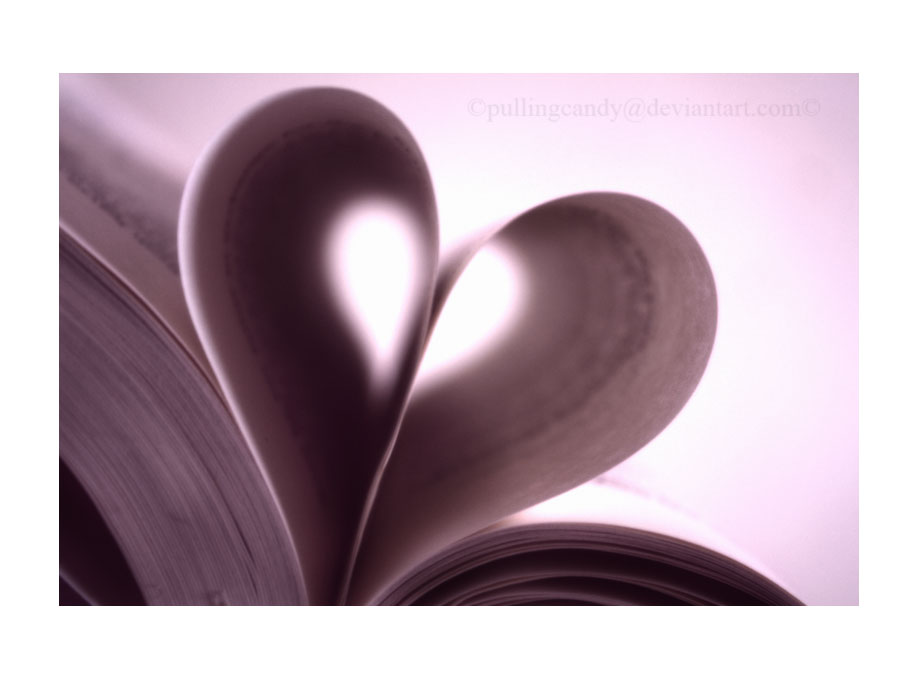 I Heart Books by pullingcandy