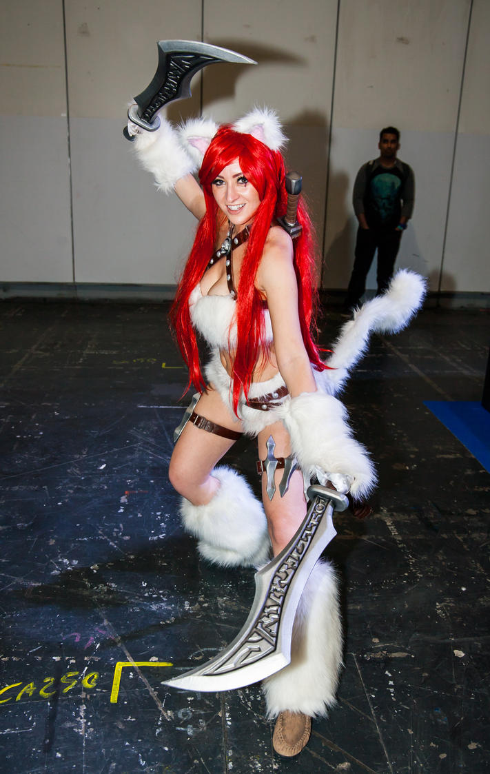 MCM Oct 2016 - Kitty Cat Katarina, Artyfakes by cosmicnut