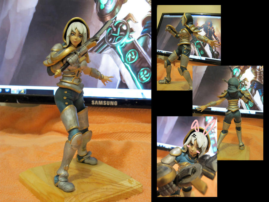Redeemed Riven Figurine by Hojin-tron