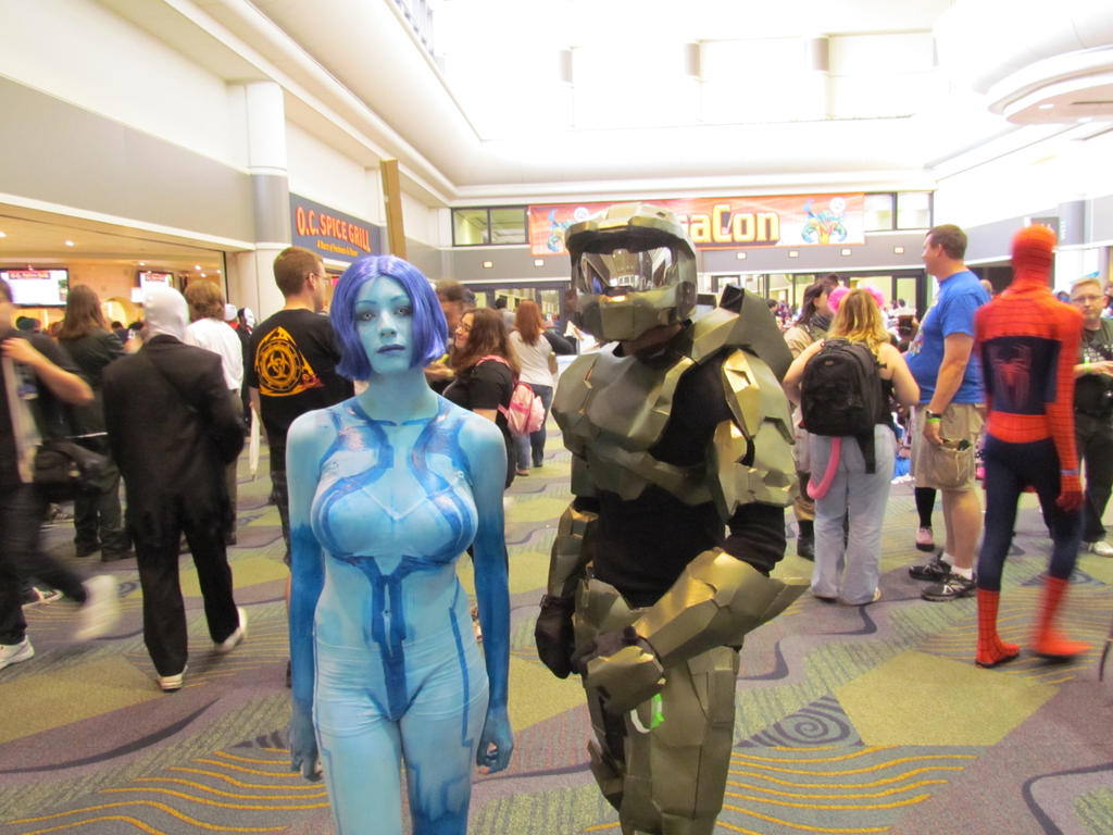 Cortana and Master Chief by Praxiusalternate