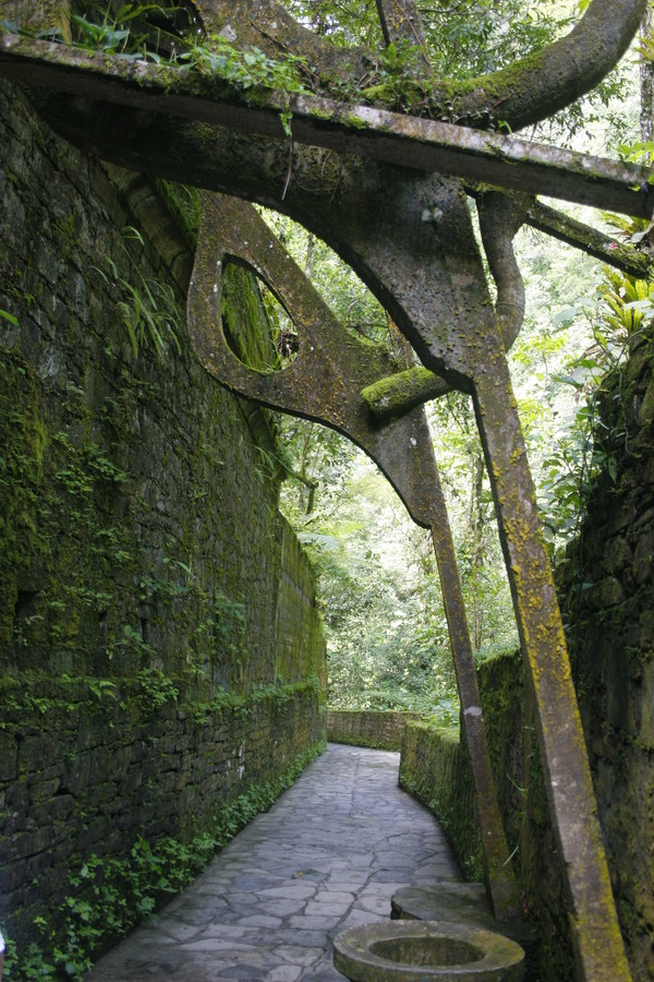 Jardin surrealista en xilitla by fareden on deviantart for Jardin surrealista xilitla