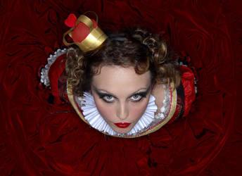 Queen Of Hearts by iusedtobeacat
