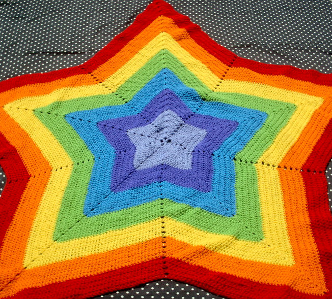 Rainbow Star Afghan by couldvebeendifferent