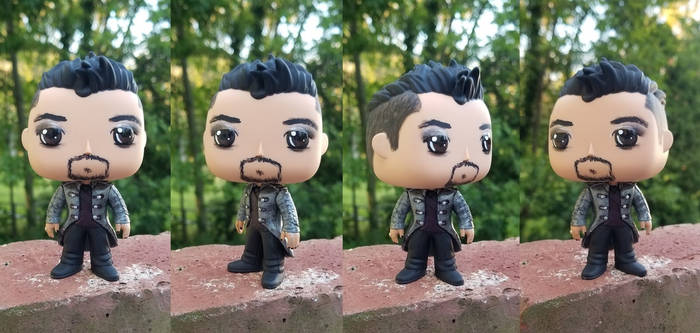 Custom Shadowhunter Magnus Bane