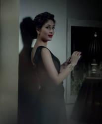 Kareena Kapoor - qmobile z4