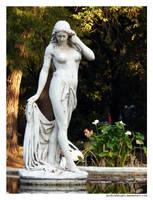 Statue II by punksafetypin