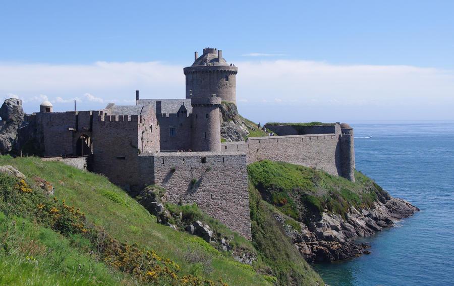 Fort la Latte by misteurlego