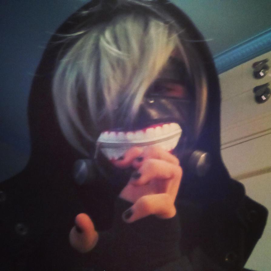 Kaneki Ken Tokyo Ghoul Cosplay (17) by TheDrailusX