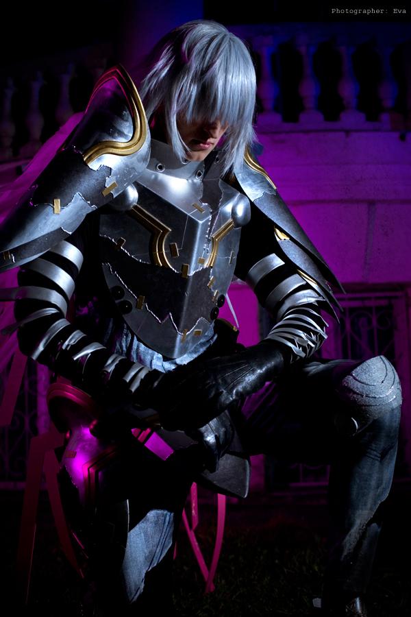 Virus kneel by Sinitar-des
