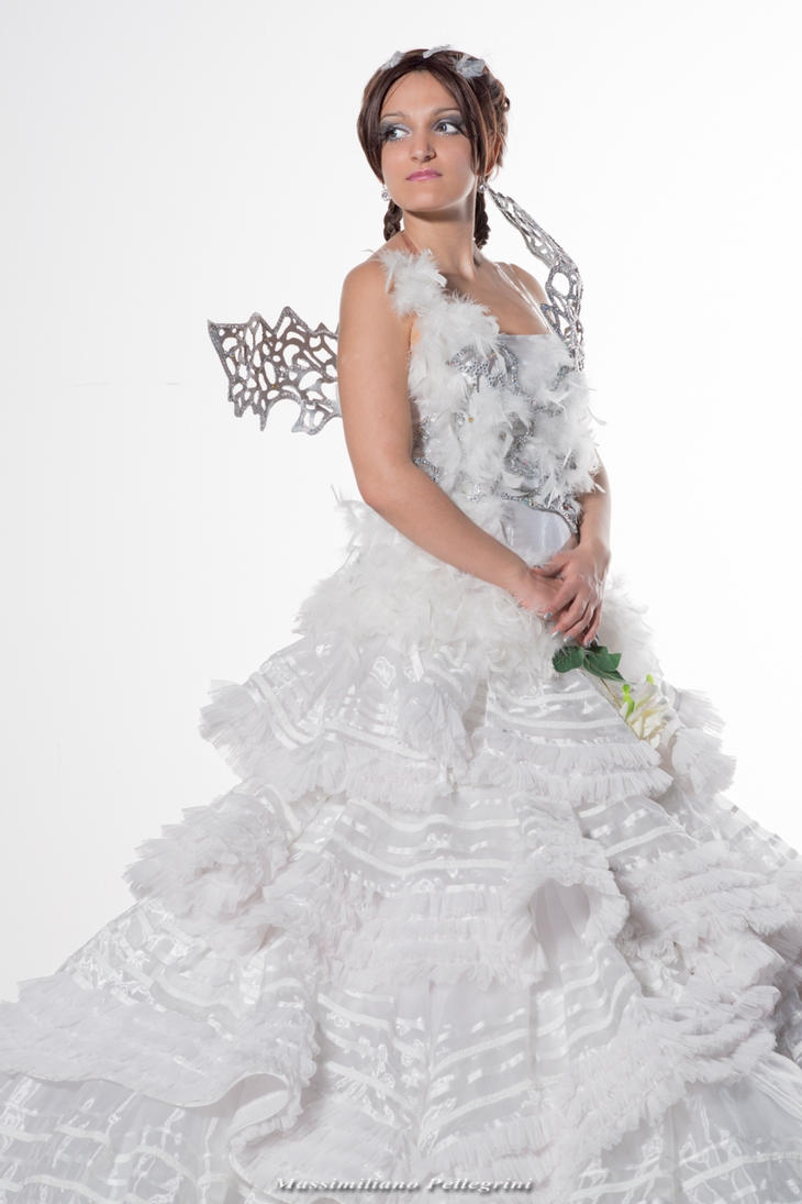 The hunger games catching fire katniss wedding dress designer - Katniss Everdeen Hunger Games Catching Fire By Maxsy66