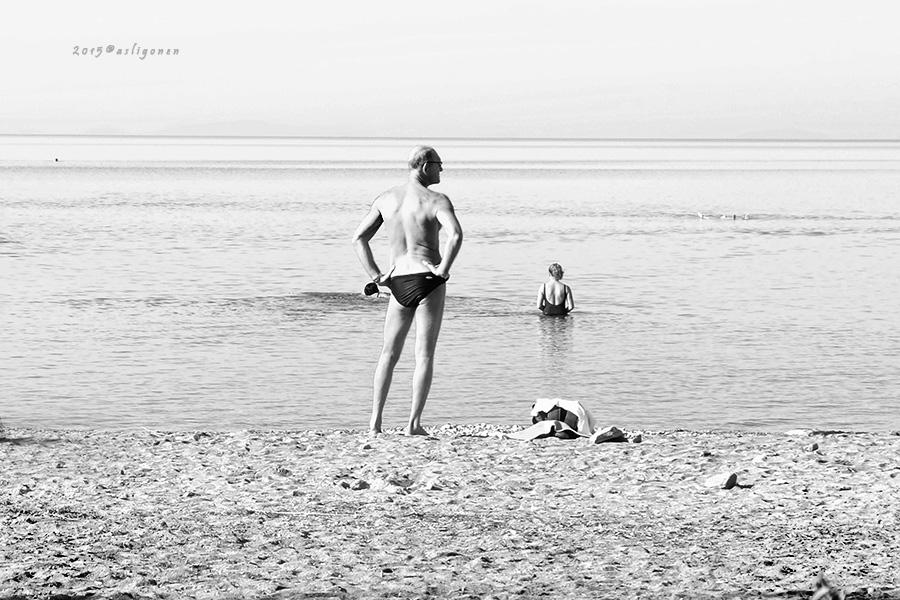 Bugun deniz soguk.. by pigarot