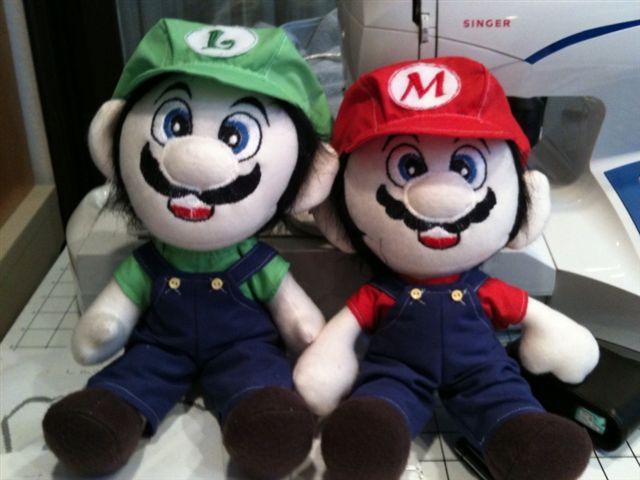 Mario and Luigi by desederas