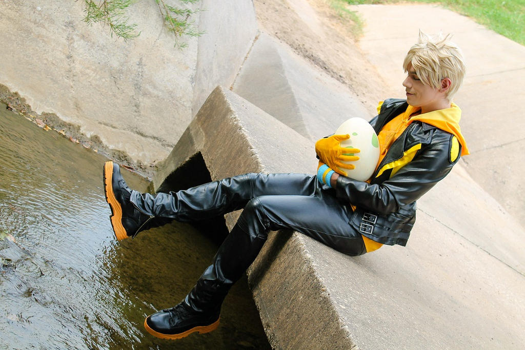 Spark, leader of Team Instinct (Cosplay)