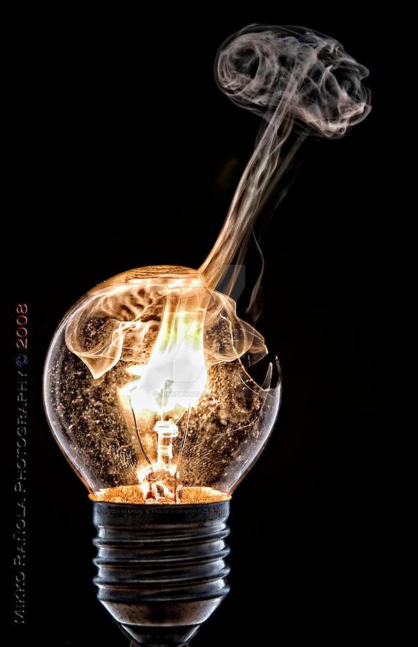 bulb 3 by mikkoranola