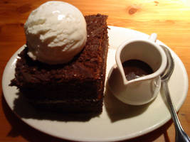 Chocolate Fudge Cake by HuoXingC