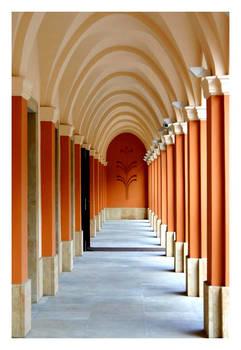 Colonnade by Vahu