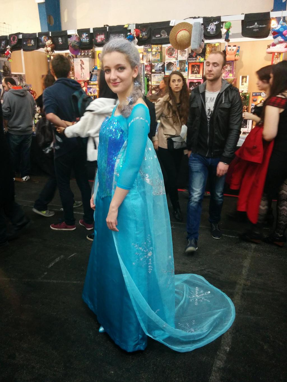 Elsa cosplay by lala-chan11