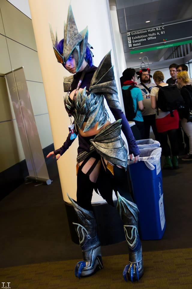 ice drake shyvana cosplay - photo #5