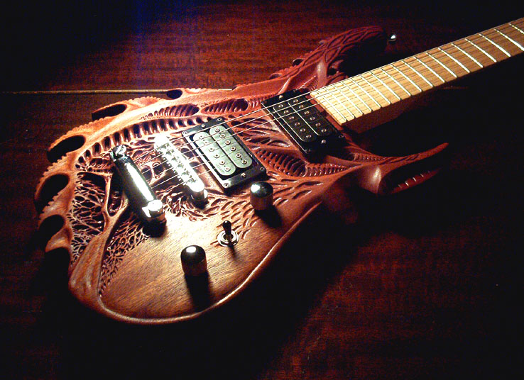 OUTRAGEOUS GUITAR DESIGNS 17th Carving By Vankuilenburg Werewolf Bass