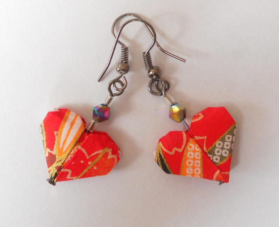 Origami Heart Earrings by sakuralu83