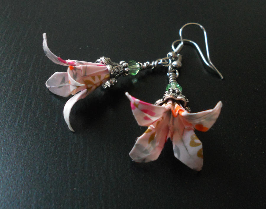 jewelry file lily earrings product page retailer