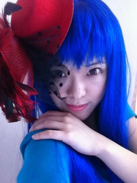 Blue-ish I by takkeaya