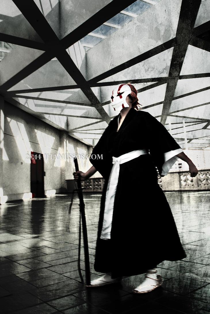 my cosplay ichigo kurosaki by LadyLacus18