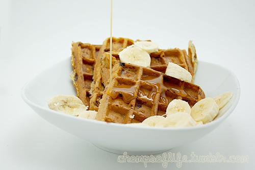 Banana Waffles with Caramel by chompsoflife