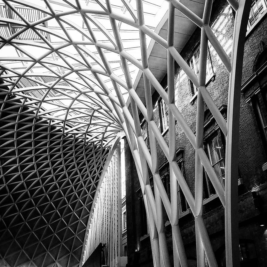 Kings Cross Station by hybridfemme