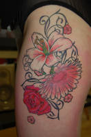 flower tattoo by yayzus