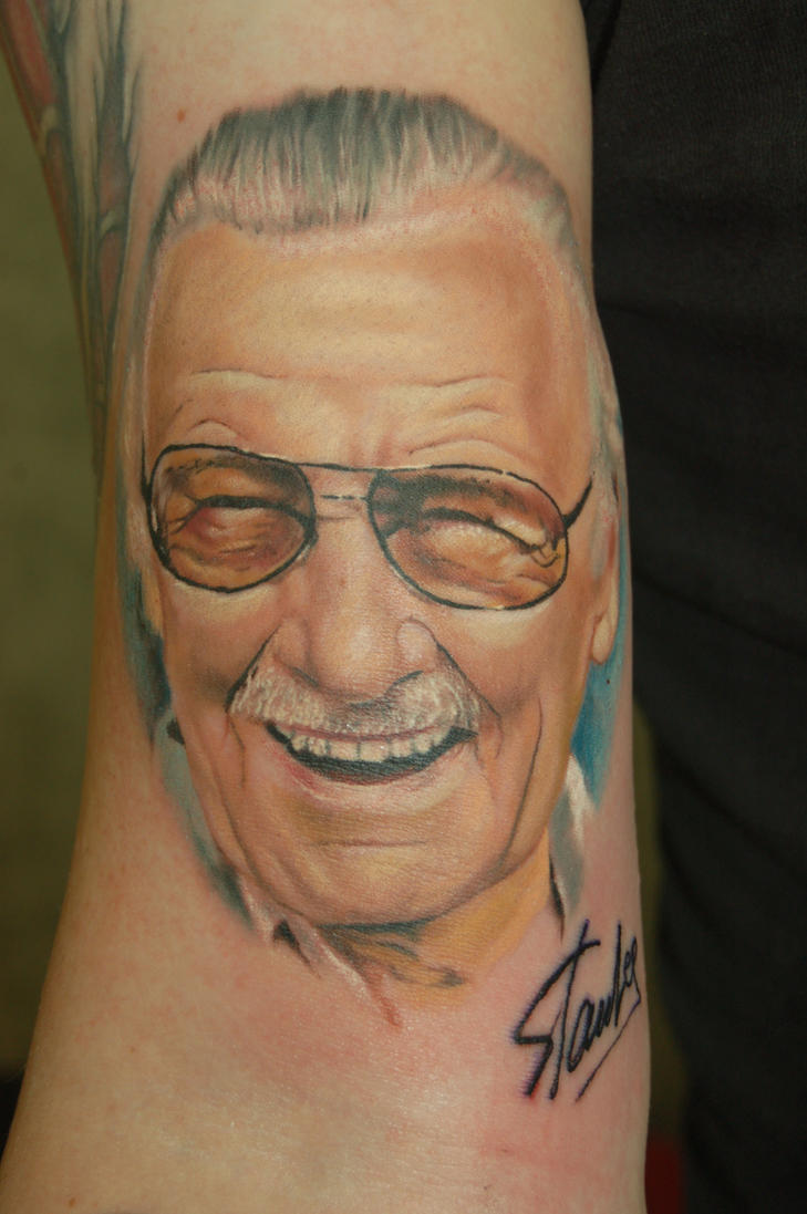 Stan Lee Portrait tattoo by yayzus