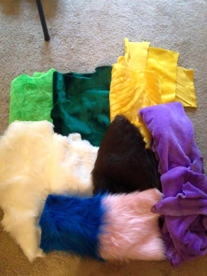 fur scraps by ShaggyGriffon