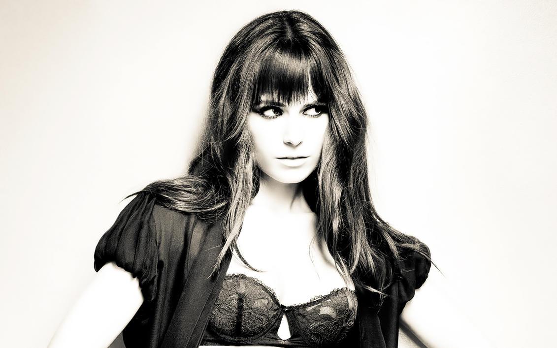 Jordana Brewster by m4riOS