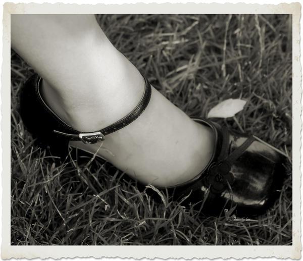 Foot by angelbabiau