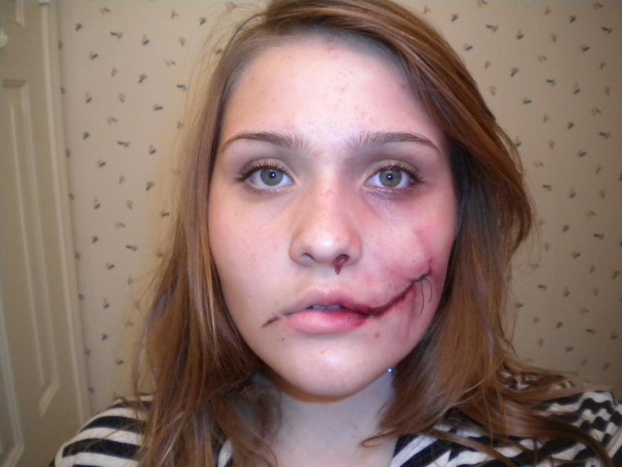 Halloween make-up by JulesQJones