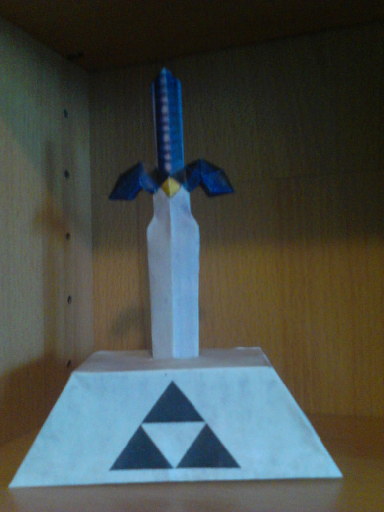 Master Sword Papercraft by demonreapergirl