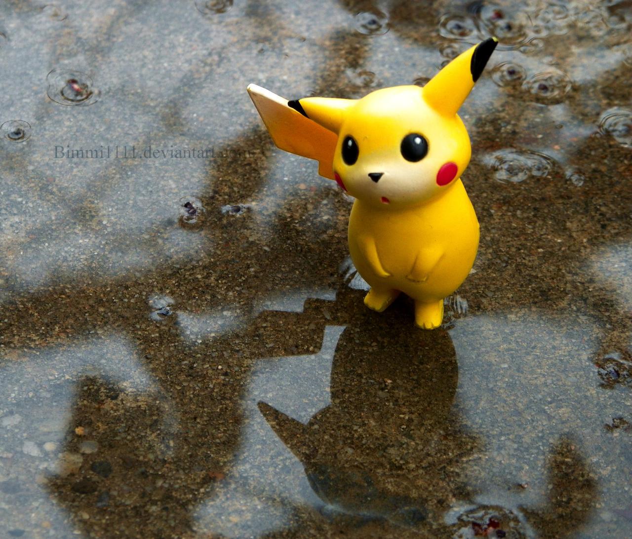 Pikachus rainy day by Bimmi1111