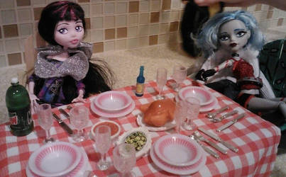 Dinner Anyone? by mikayla-matter