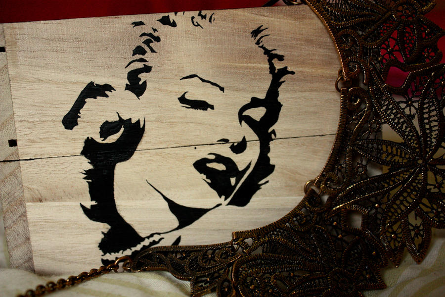 Marilyn Monroe jewelry box by BlondCodfish on DeviantArt
