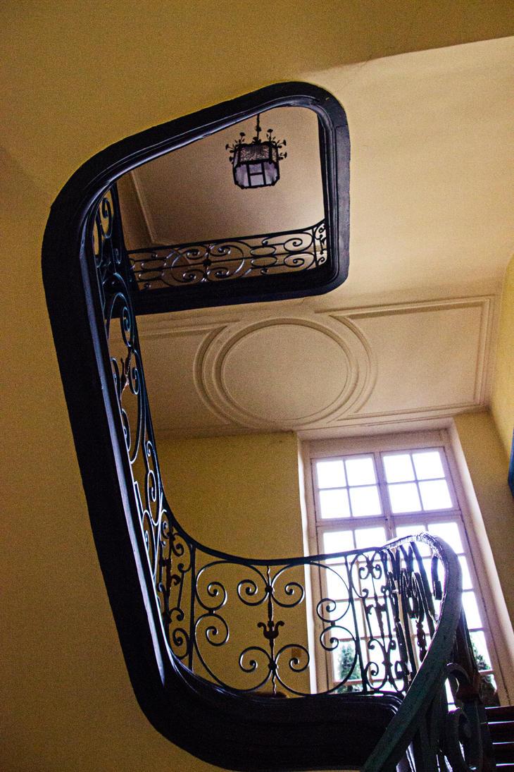 Cage d 39 escalier de l 39 ancien paris by lelfdajkini on deviantart for Tapisser cage d escalier