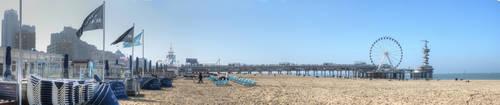 Panorama The pier of Scheveningen by taisteng