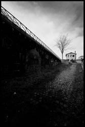Gare du Pont de Flandres by audeladesombres